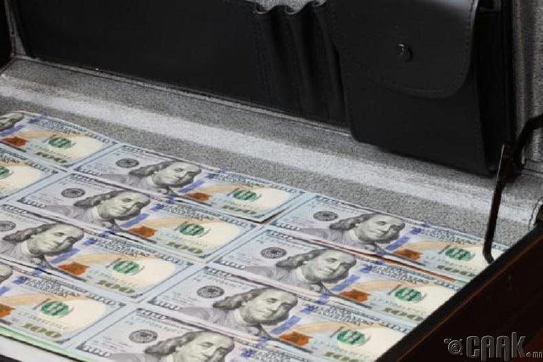Харуулууд нь 300 сая ам.доллар хулгайлаад зугтжээ