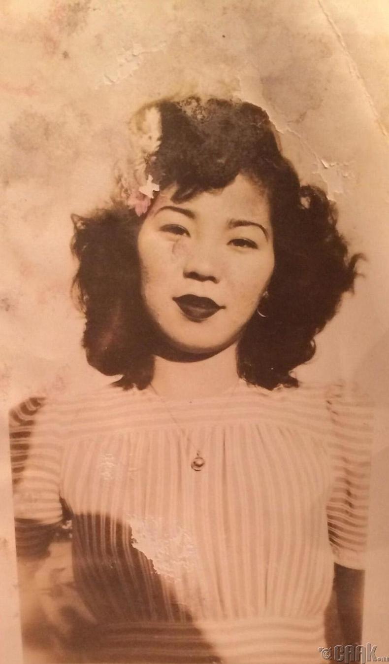 """""""Миний Окинаван эмээгийн хөрөг, 1938 он"""""""