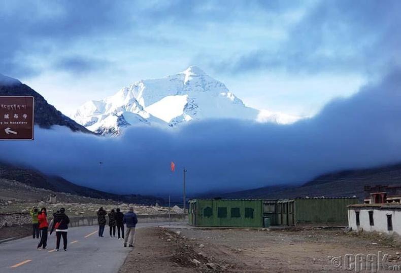 Төвд талаас Эверестийн харагдах байдал