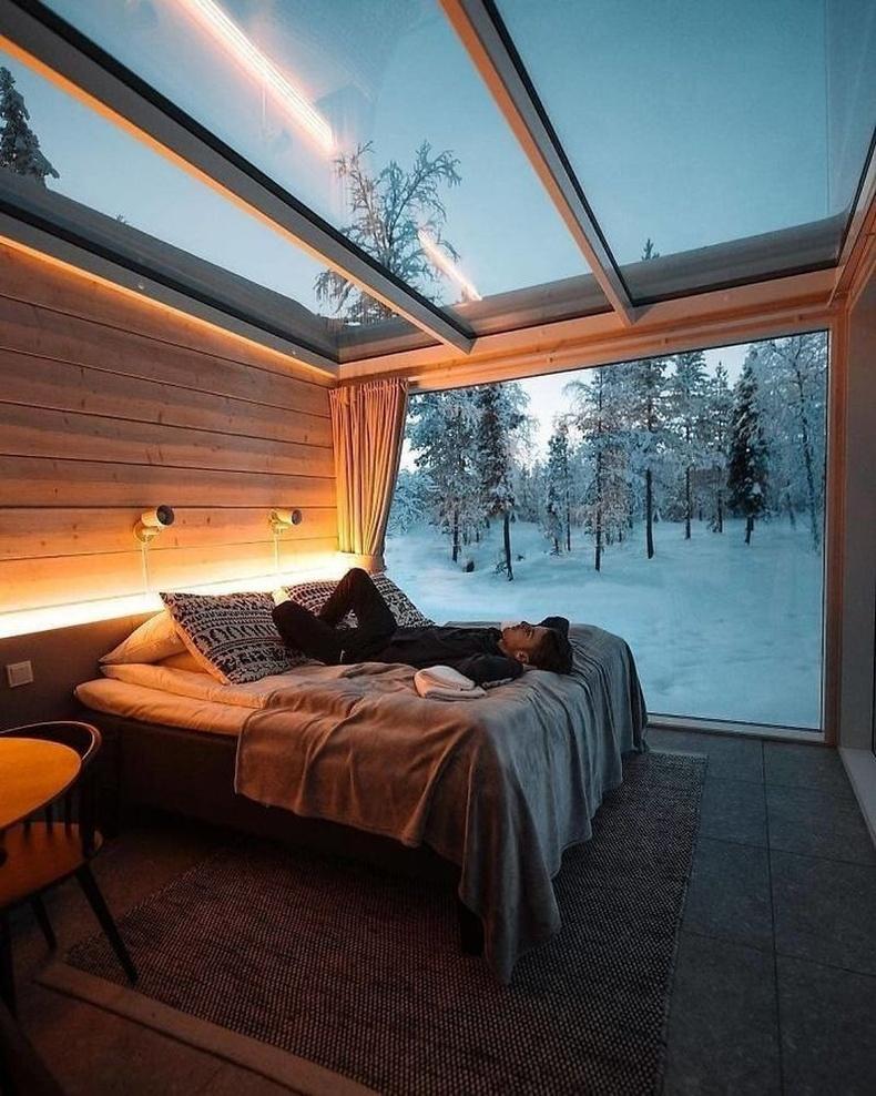 Шилэн тааз бүхий байшин, Финланд