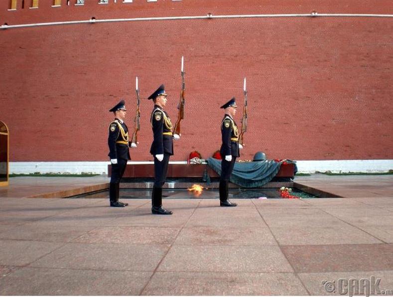 Хамгийн өндөр хамгаалалттай шарил - Владимир Ленин