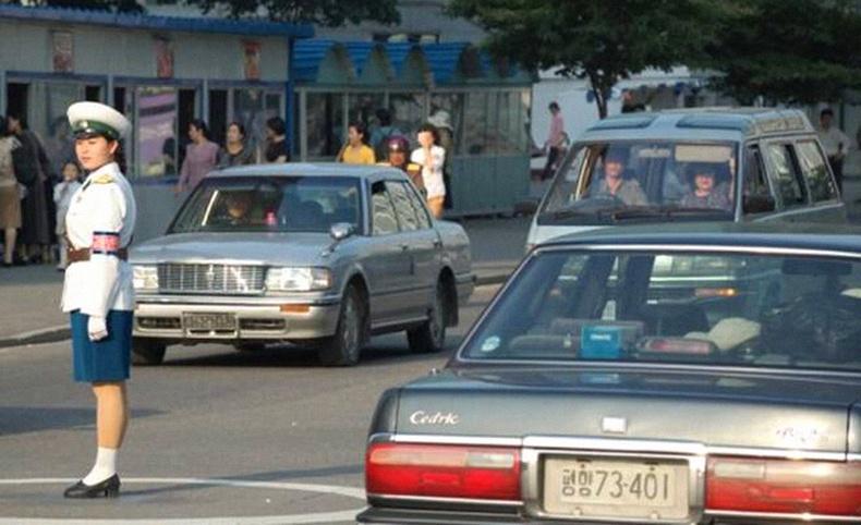 Умард Солонгосчууд ямар машин унадаг вэ?