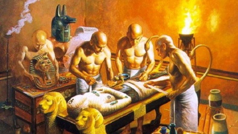 """Эртний Египетчүүд """"мумми""""-г хэрхэн хийдэг байсан тухай сонирхолтой баримтууд"""