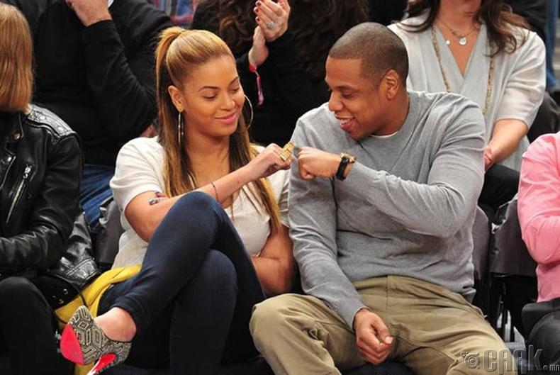 """""""Jay-Z"""" нийтийн байранд өсчээ"""
