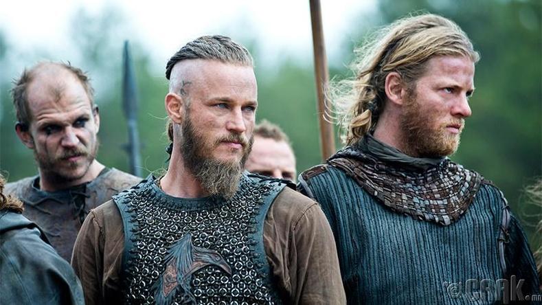 Викингчүүд эвэртэй дуулга өмсдөг байсан