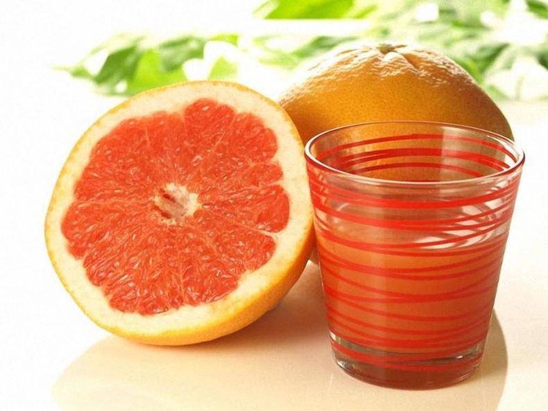 Улаан грейпфрут үрчлээ багасгана