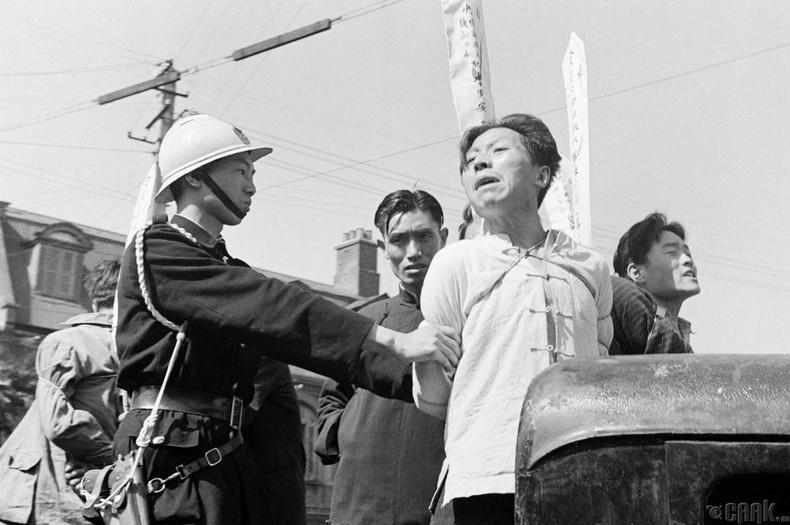 Шанхай дахь хоригдлууд цаазаар авах газарт, 1949 оны 5 сар