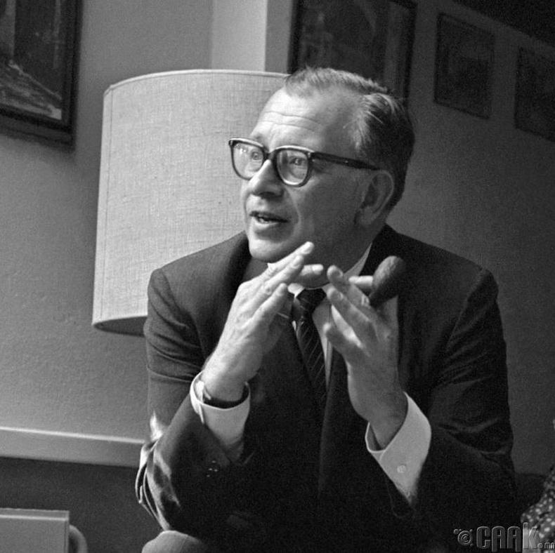 Ээро Сааринэн (Eero Saarinen)