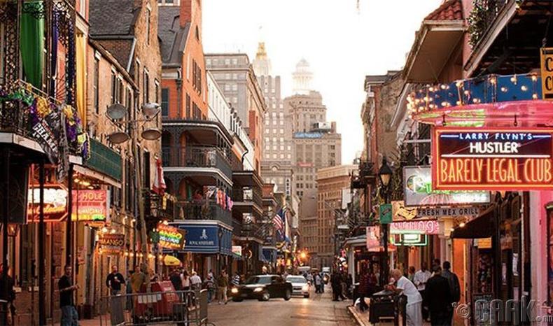 Нью Орлеанс (New Orleans) хот, АНУ