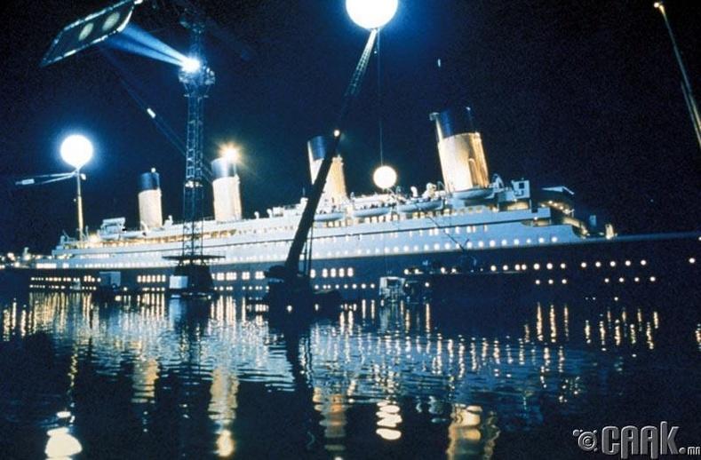 """""""Титаник"""" (Titanic)"""
