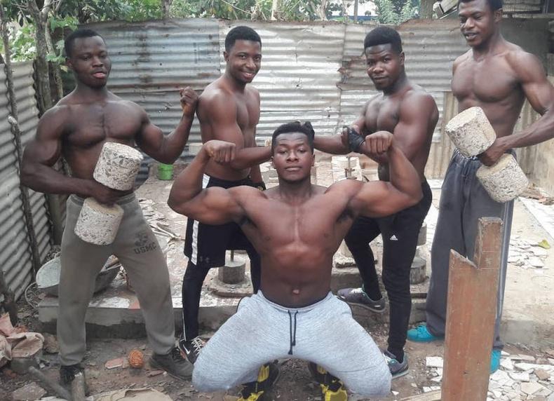 Африк залуус биеэ хэрхэн хөгжүүлдэг вэ?