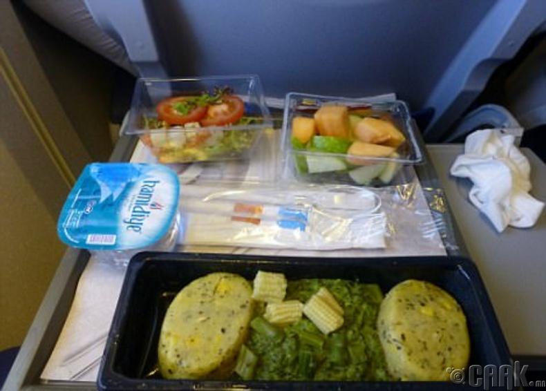 """""""KLM Royal Dutch Airlines """"-ийн энгийн зэрэглэл"""