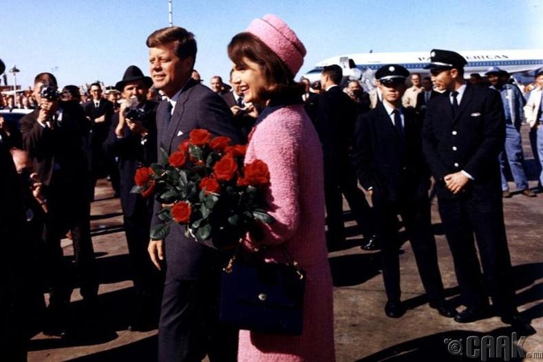 АНУ-ын Ерөнхийлөгч Жон Кеннедиг хөнөөсөн нь