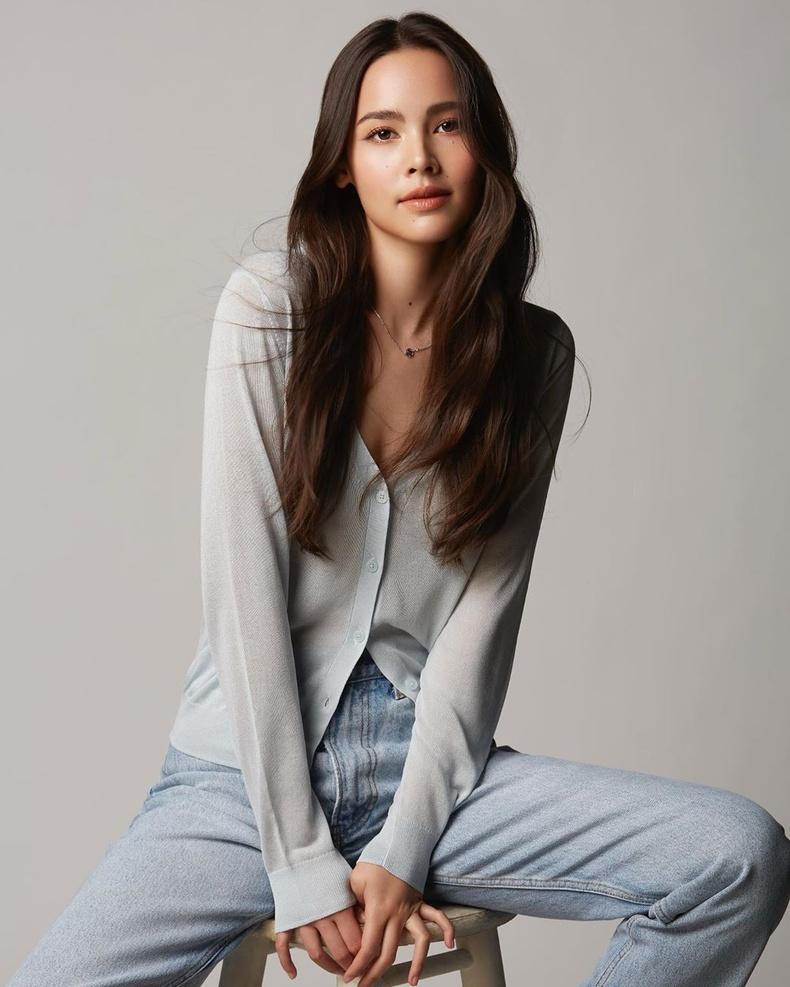 Урассая Спербунд (Urassaya Sperbund) - Тайланд-Норвеги гаралтай жүжигчин, модель