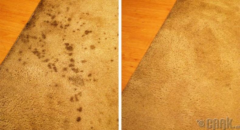 Хивсэн дээр асгарсан тосыг хүнсний соод, аяга таваг угаадаг шингэнээр цэвэрлэнэ
