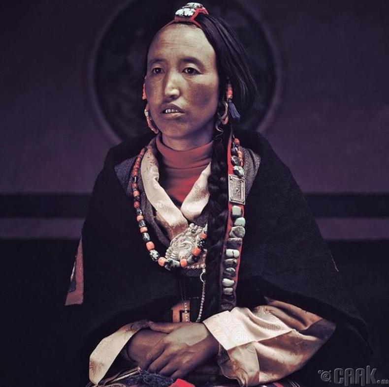 Непал эхнэр хүн