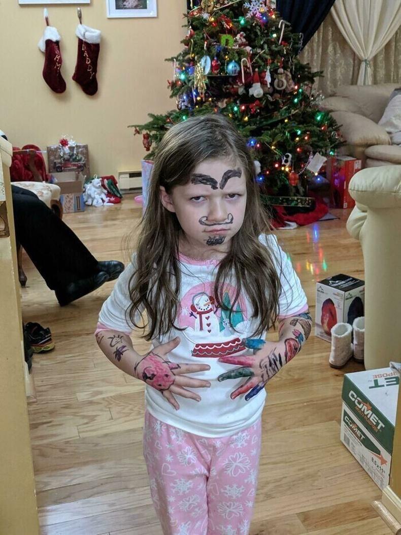 Зул сарын баяраар охин минь хэсэг алга болоод гарч ирсэн ийм учиртай байж