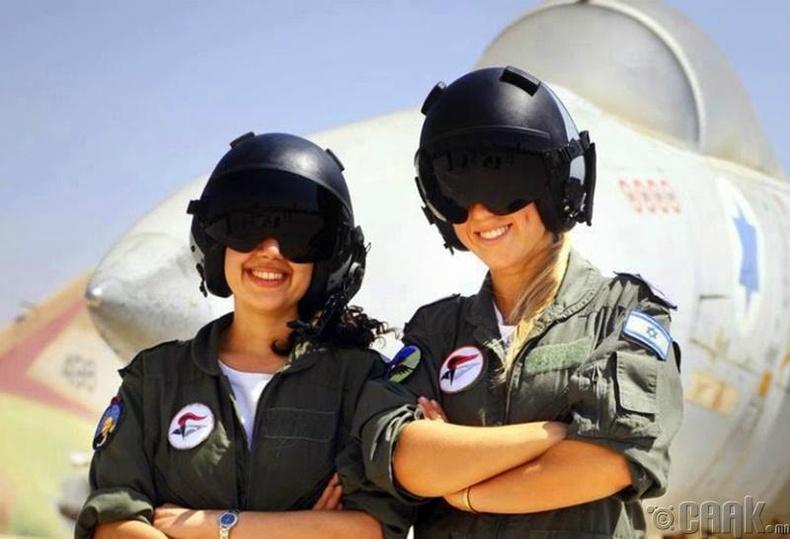 Изралийн эмэгтэй нисгэгчдийн тоо Арабын Нэгдсэн Эмират улс дахь эрэгтэй жолоочдоос илүү байдаг