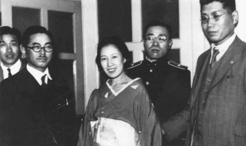 """""""Дурлалаасаа болж сохорсон нь"""" - Японы түүхэн дэх хамгийн жигтэй аллагыг үйлдсэн бүсгүй"""