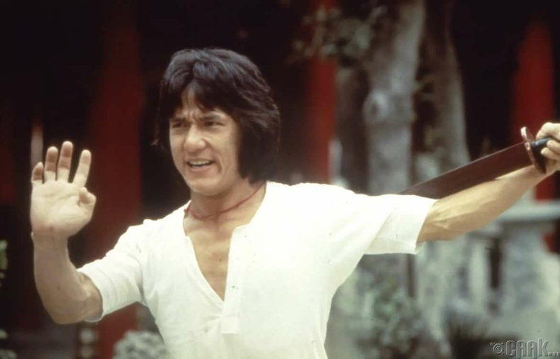 """Dragon Lord"" - 1982 онд 28 настай"