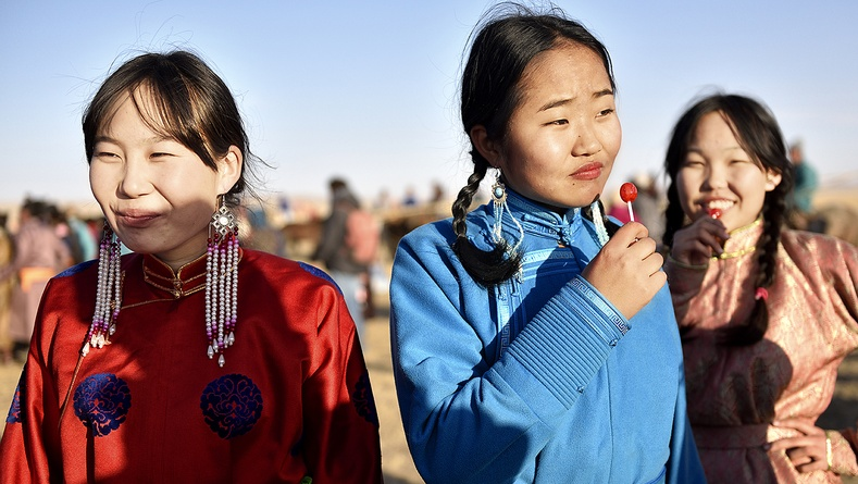 Румын бүсгүйн Монгол орноор аялахдаа авсан гайхалтай гэрэл зургууд (30 фото)