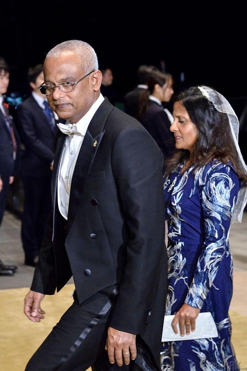 Мальдивын Ерөнхийлөгч Ибрахим Мохамед Солих болон түүний эхнэр Фазна Ахмед нар