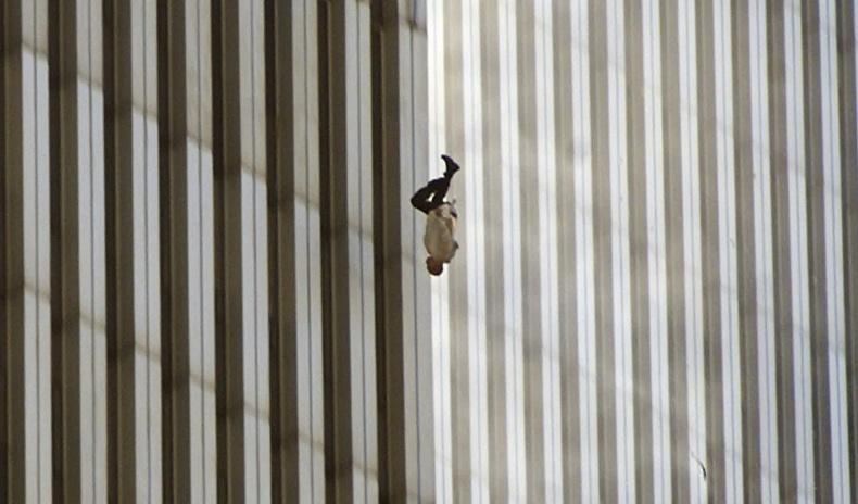 20 жилийн өмнө болсон аймшигт явдлыг гэрчлэх зүрх зүсэм гэрэл зургууд