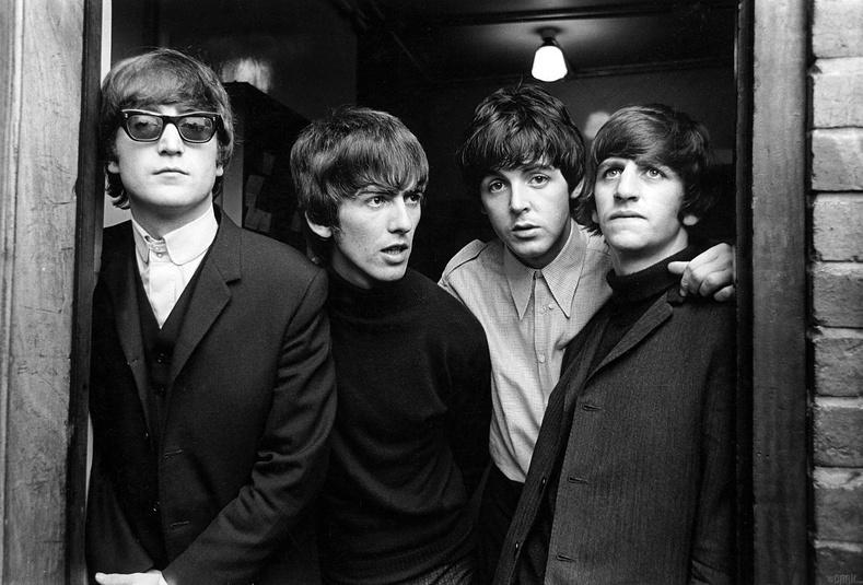 """Decca Records"" ба ""Beatles"" хамтлаг"