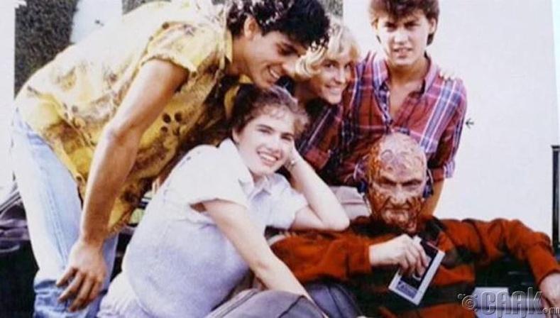 """""""Nightmare on Elm's Street"""""""