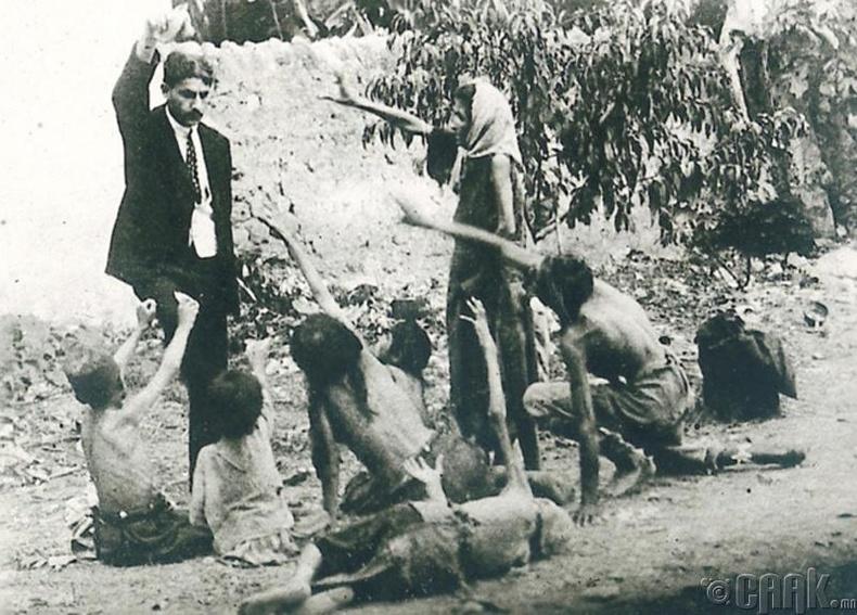 Армений хомроголон устгалын талаарх олон нийтийн мэдлэгийг дээшлүүлэх зорилгоор гаргасан зураг