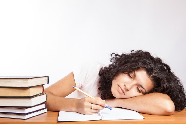 Юм сурахад нойр чухал