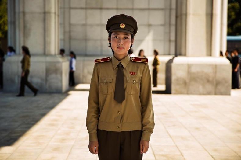 Хойд Солонгост дүрэмт хувцас маш түгээмэл