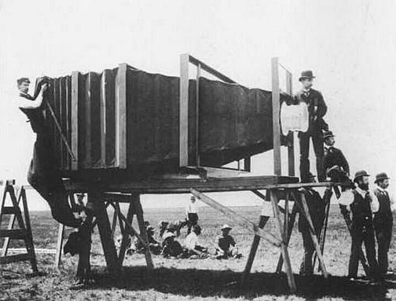 Дэлхийн анхны фото линз, 1900 он.