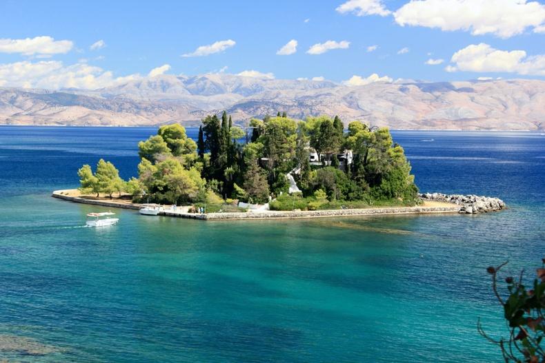"""""""Хулганын арал"""" - Понтиконисси (Грек)"""