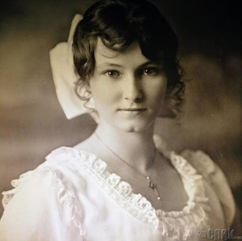 Хадам эмээ, 1916 онд