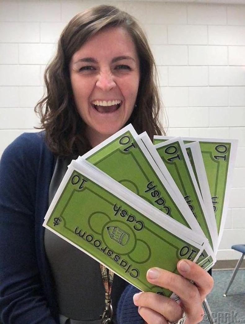 Хүүхдэд хэдий үед хэр их халаасны мөнгө өгөх ёстой вэ? АНУ-д санхүүгийн анхны мэдэгдэхүүн яаж олгодог вэ?