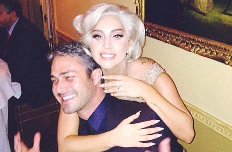 Лэди Гага-ийн гэрээр зочилцгооё