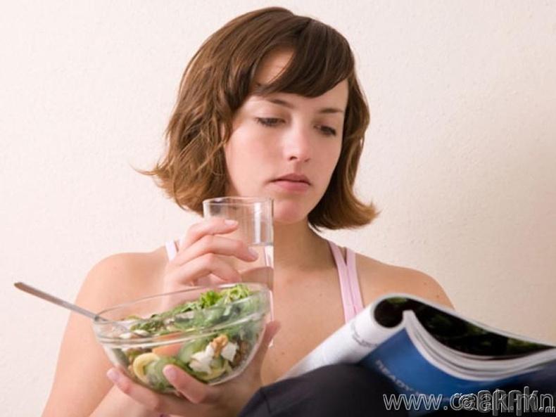 Махан хоол идэхийн өмнө 2 аяга ус уу