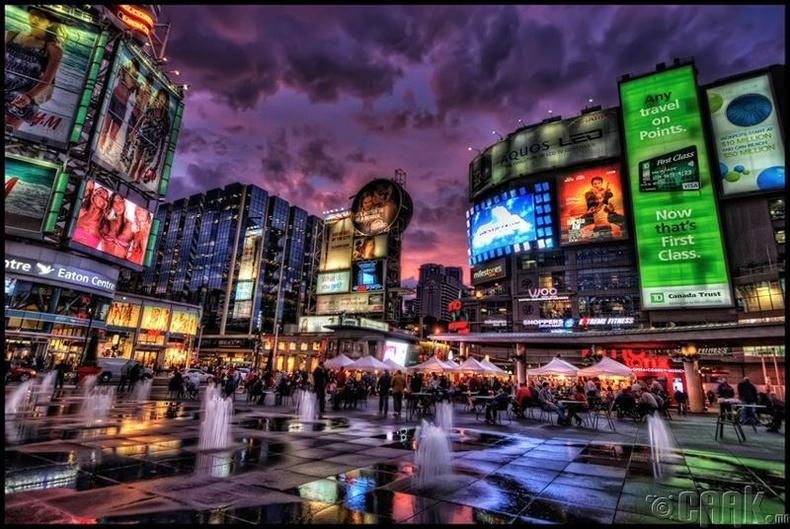 Торонто хот, Канад
