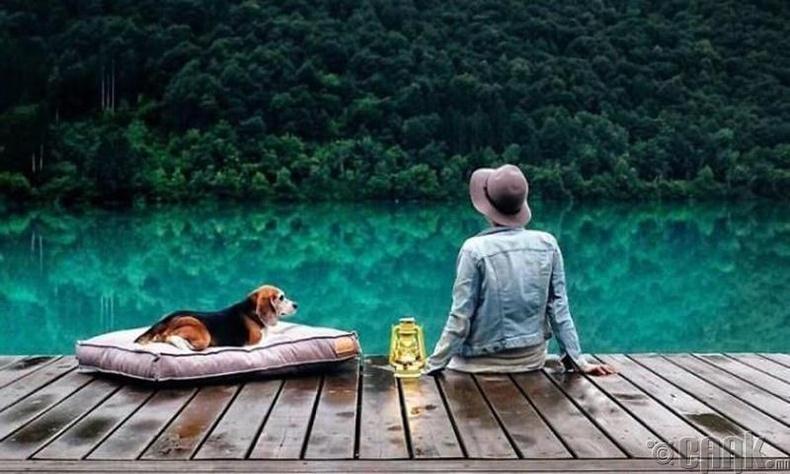 """Өнгөрсөн болон ирээдүйгээрээ битгий амьдар. Яг """"одоо""""  цагтаа л амьдрах хэрэгтэй"""