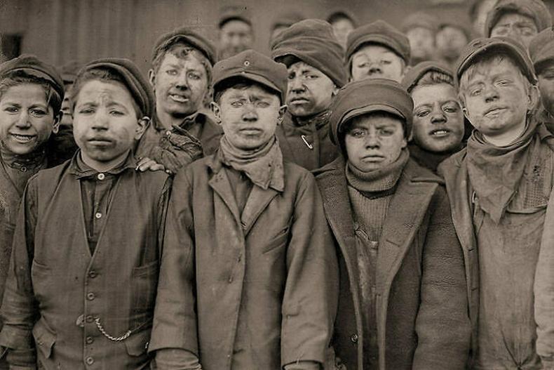 Насанд хүрээгүй уурхайчид - Англи, 1910