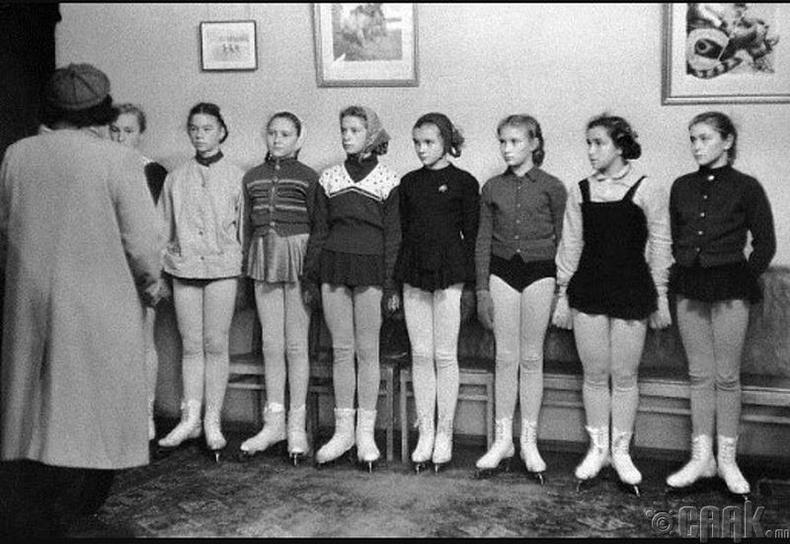 Москвагийн уран гулгалтын сургууль - 1958 он