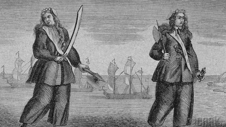 Эмэгтэй далайн дээрэмчид