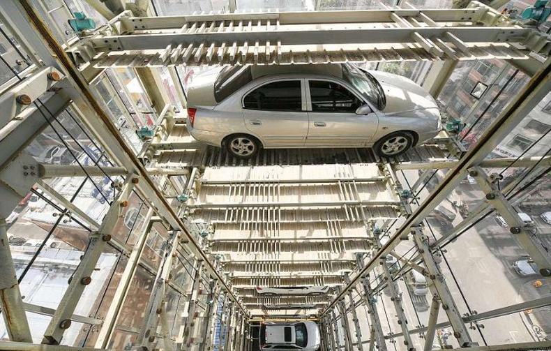 Хятадууд 26 давхар ухаалаг автомашины зогсоол бүтээжээ