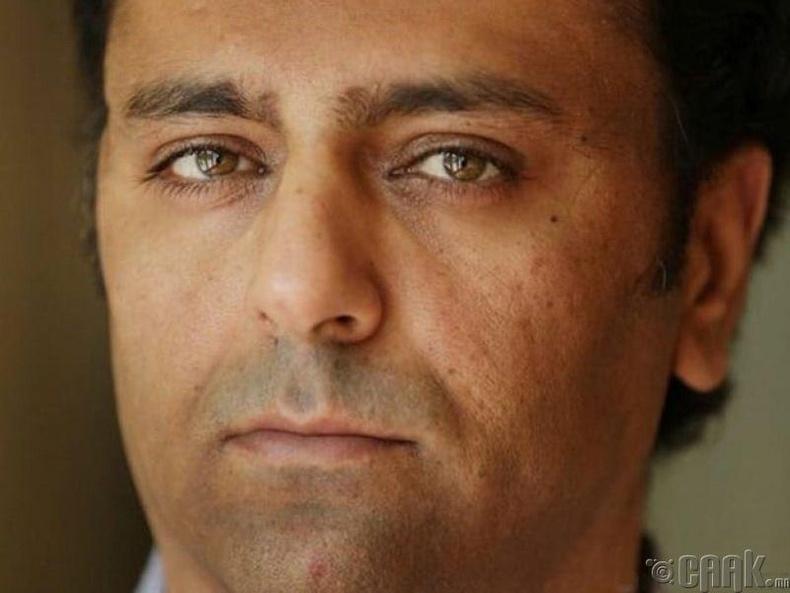 Хуурамч хагалгаа хийдэг Ария Сабит эмч