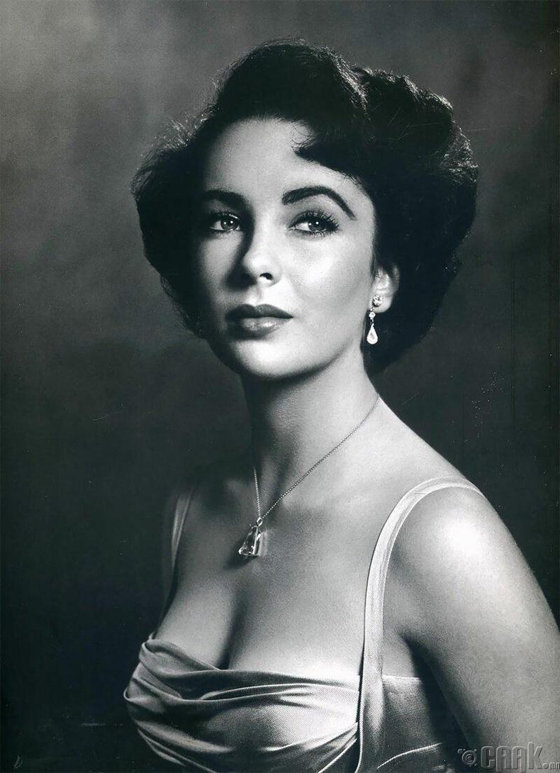 жүжигчин Элизабет Тейлор, 1948 он