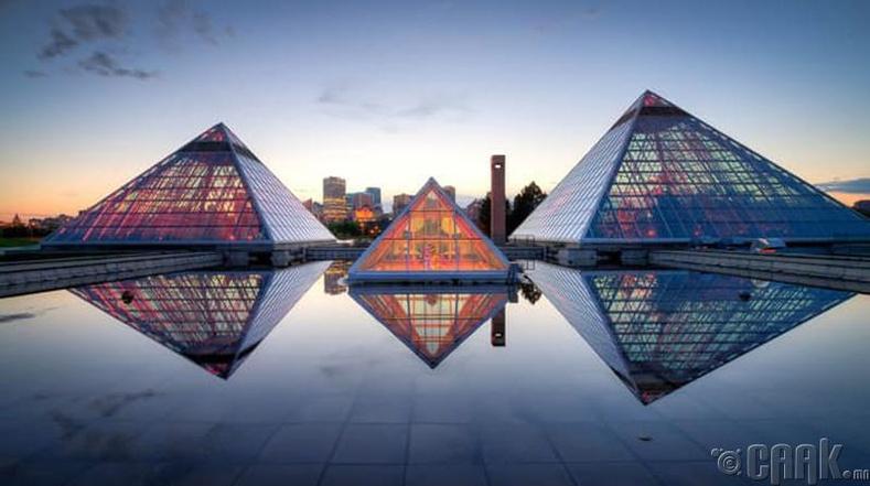 Канадын пирамид