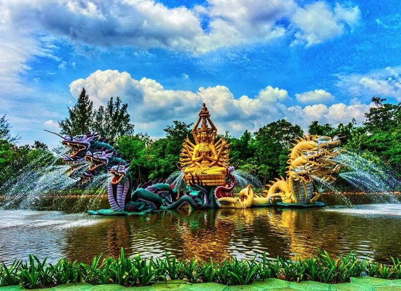 Бодисатвагийн усан оргилуур - Тайландын эртний хот