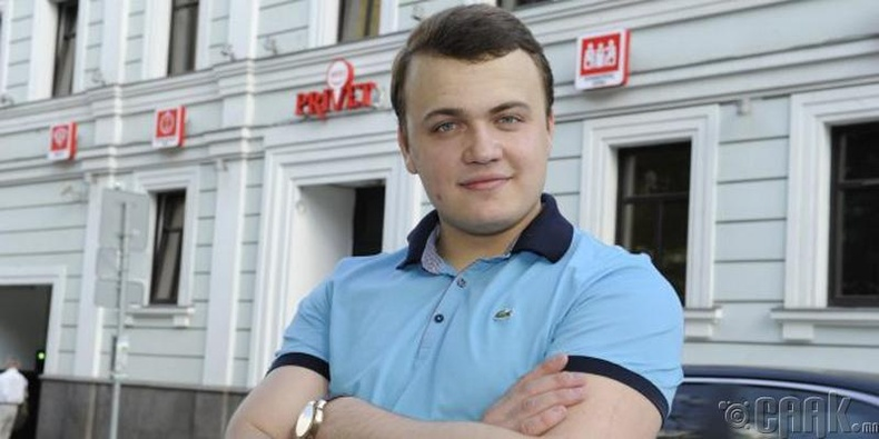 Хостелуудын сүлжээг үндэслэгч саятан Данил Мишин