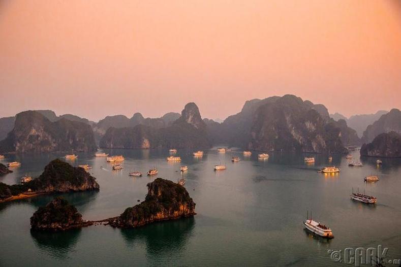 Вьетнамын ХаЛонг арлыг заавал үзээрэй